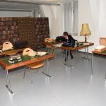"Prof. em. Birgit Dankert erkundet die ""historische Bibliothek"""